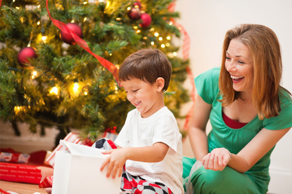 Holiday Savings for Single Parents