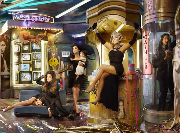 Kardashian Christmas Photo Costs $250,000