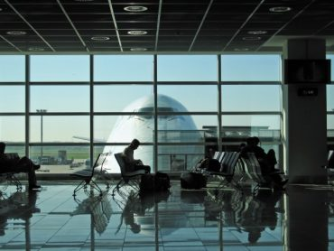 5 Money Saving Travel Tips for the Airport