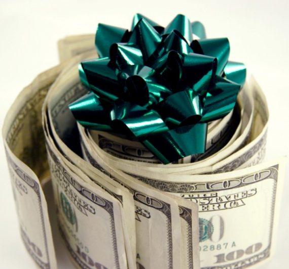 Spending Roadblocks To Keep You on Budget this Holiday Season