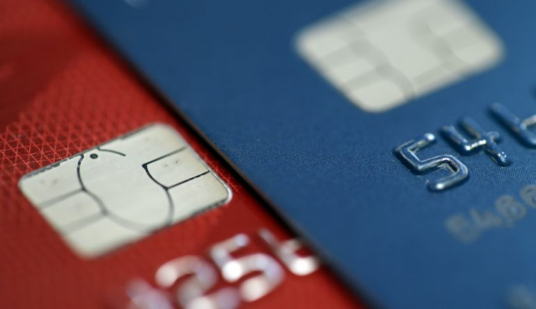 Merchants Push Back Against Chip Cards